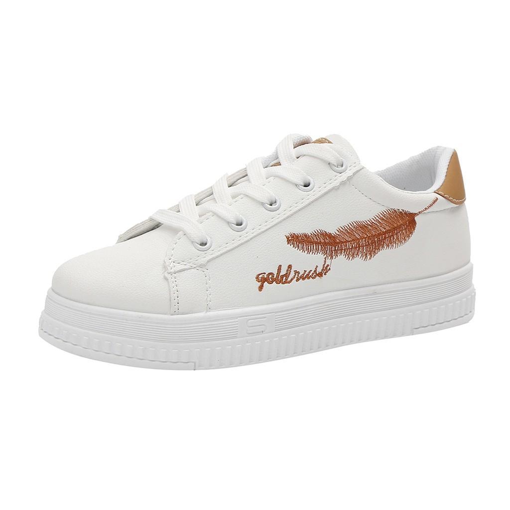 154031554 Compre 2018 Mulheres Sapatos Primavera Outono Selvagem De Salto Alto Único  Sapatos De Plataforma Branco Casual Moda Estudantes De Penas Em Execução De  ...