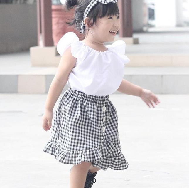 435f45d08 Girls Ruffle Sleeves Tops+Slit Skirts Outfits Summer 2019 Kids Boutique  Clothing Euro America 1-4T Little Girls T-Shirt Plaid Skirts 2 PC Se