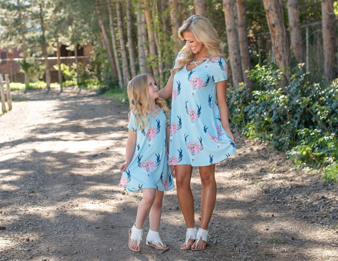 Kids Clothing Mother Daughter Dresses Summer Family Look Matching Outfits Clothes Mom and Daughter Dress Family Clothing Pink