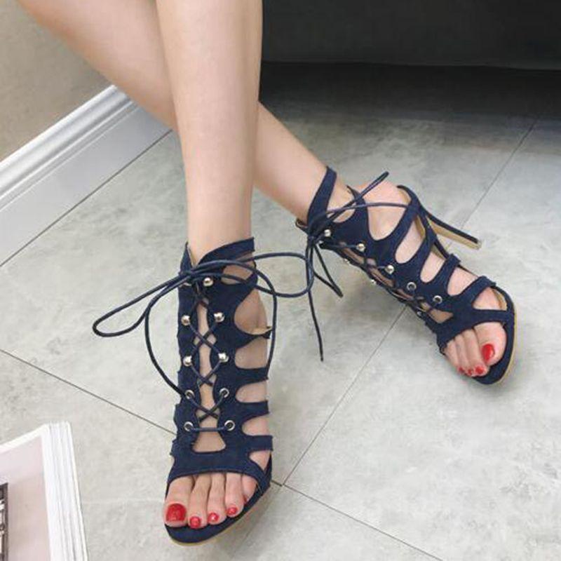 893f50d40 Compre Mais Recente Gladiador Vermelho Salto Alto Roman Openwork Sandálias  Stiletto Sexy Dedo Aberto Tira Ankle Boots Sapatos De Verão Mulher De ...