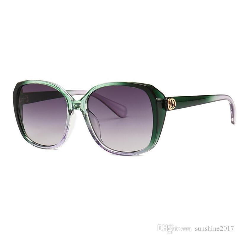 f97746497 Compre BINYEAE Marca Design 2019 Oversize Oval Óculos De Sol Feminino De  Luxo Itália Marca Das Mulheres Gradiente Two Tone Borboleta Óculos De Sol  UV De ...
