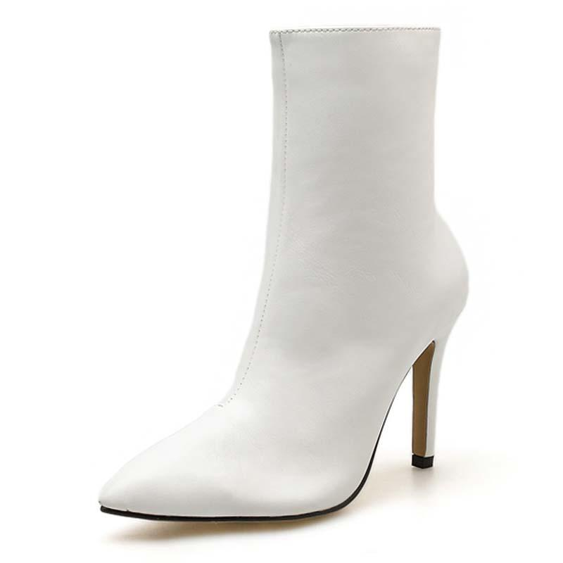 fac3cc4adba Compre 2019 Botas De Moda Nuevas Mujeres Botas Tobillo PU Cuero Cremallera  Mujeres Botines Tacones Altos Zapatos De Otoño Blanco Negro A  48.28 Del  Bearonly ...