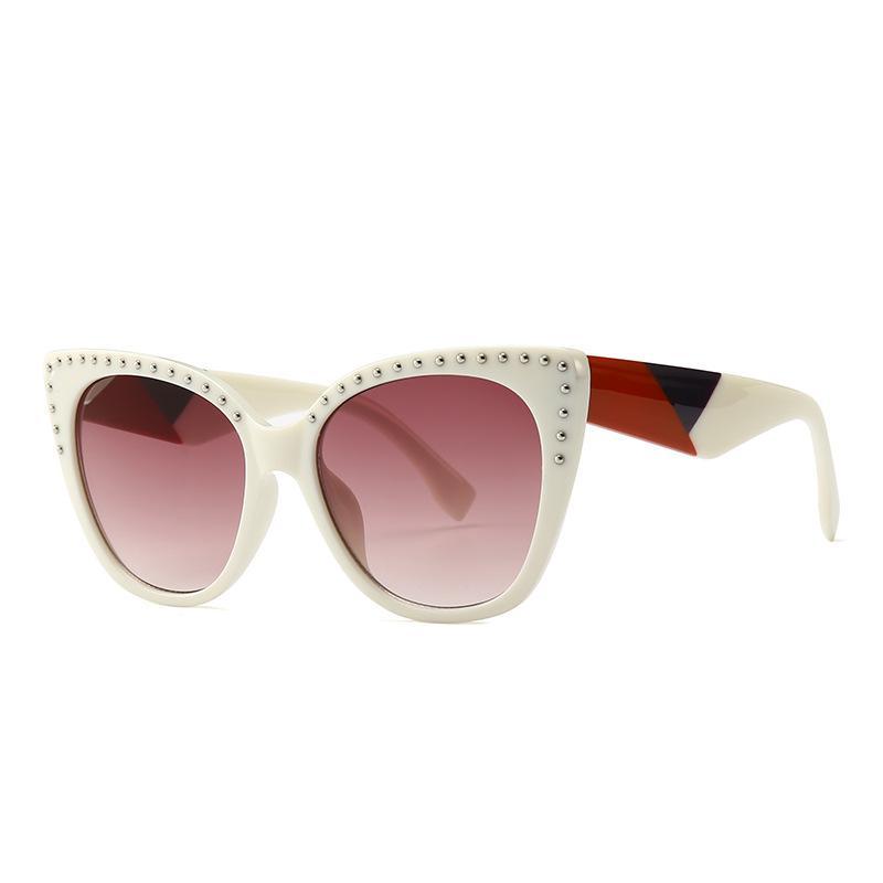6691bdfa96 2019 New Fashion Rivets Sunglasses Luxury Brand Women Cat Eye Glasses High  Quality UV Protection Trendy Eyewear Designer Gradient Sunglasses Cheap ...