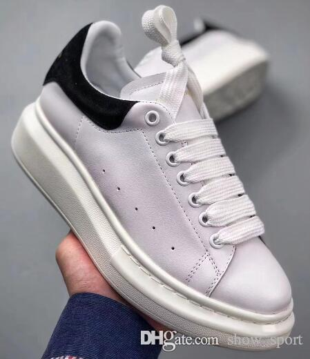 1f6f12b62a35 Acquista Mcqueen Mens Womens Luxury Designer Scarpe Bianco Nero In Pelle  Spessa Red Star White Shoes Aumentare Alexander Mcqueens Sneakers Wild  Couple Shoes ...