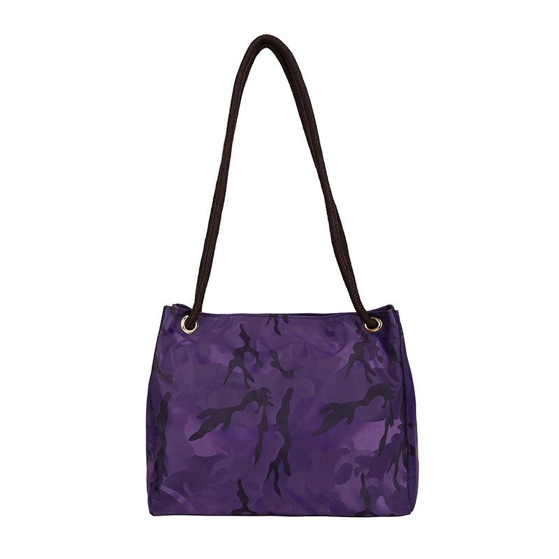 c46fbc755ffc 2019 Lady Camouflage Nylon Waterproof Handbag Outdoor Fashion Lady Causal  Shoulder Bag Girl Tote Handbags Women Crossbody Bags LJJT471 From  Sport no1