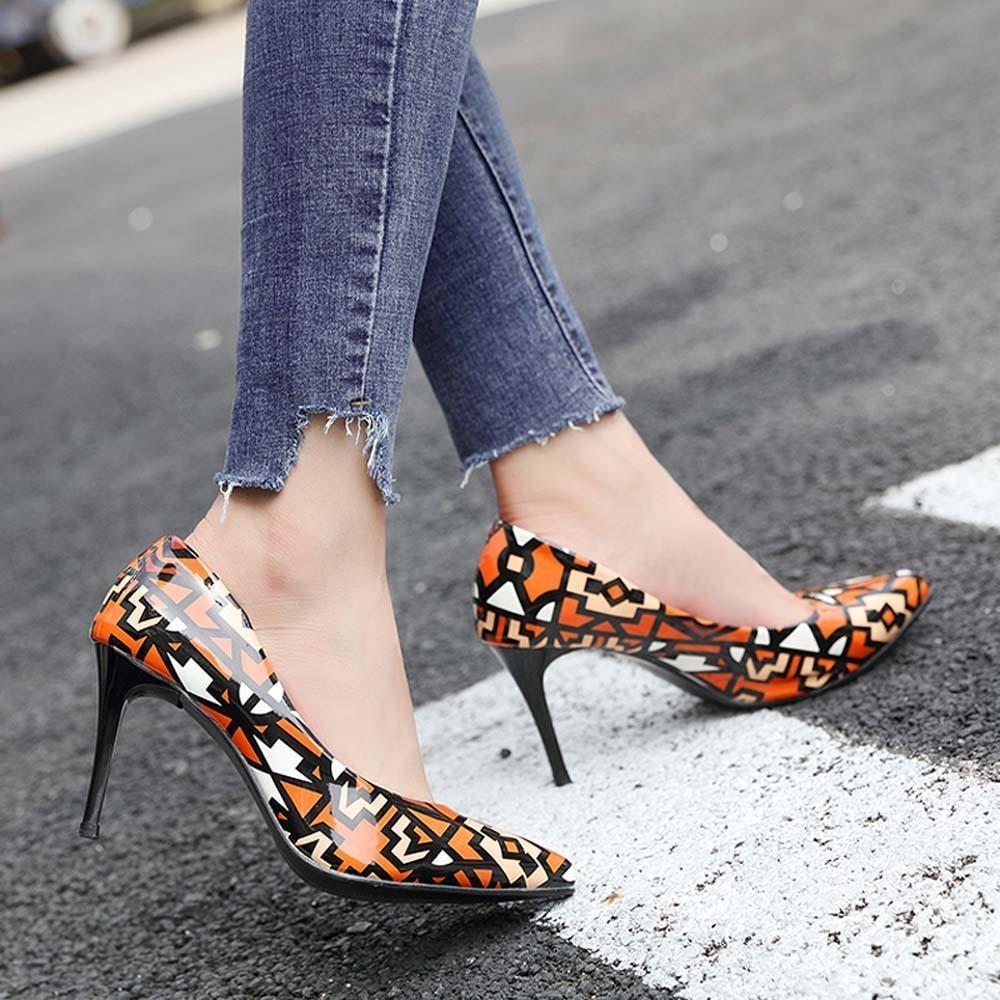 b6cfc27cce Compre Designer De Vestido De Sapatos MUQGEW Mulher Outono Inverno 2019 Moda  De Salto Alto Mulheres Sapato De Couro Envernizado Pontiagudas Sapato De ...