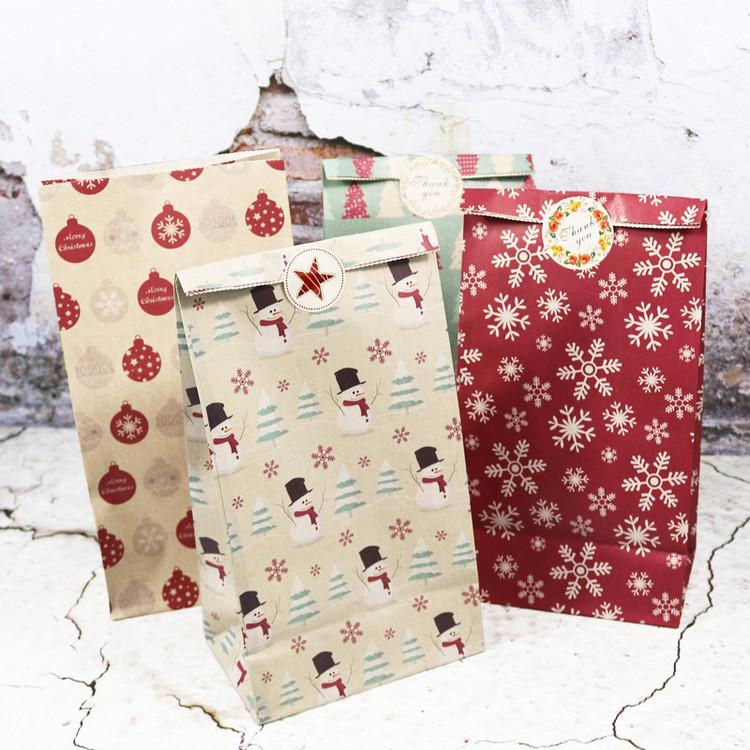 Kraft Paper Bags Candy Wrapping Snowman Snowflake Flower Cookie Packing Gift Bags Xmas Decoration Party Favor Stand Bags