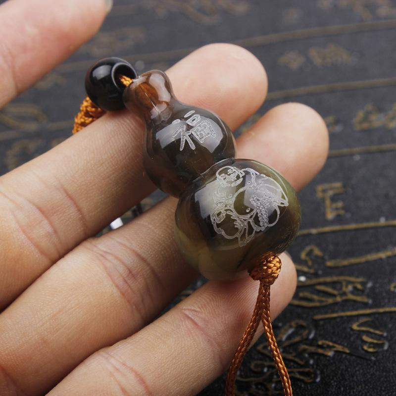 Imitation ox horn hoist will pin temple gifts gift engraving Chinese zodiac  text message key chain pendant