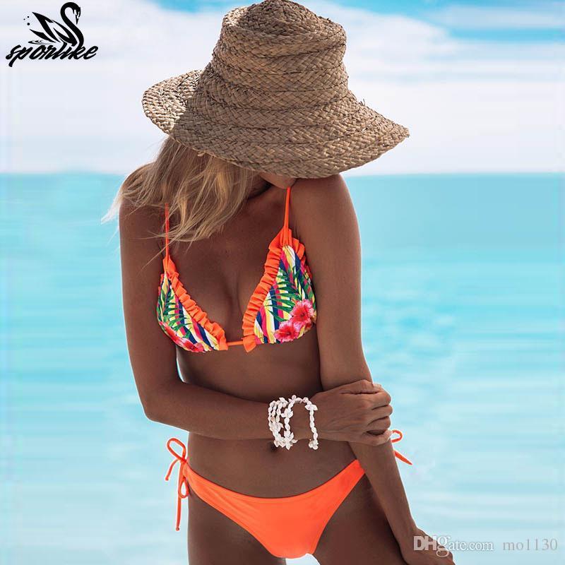 b8e8f181c710 Top beach wear ladies bikinis sexy maillot halter traje de baño para mujer  traje de baño con volantes impreso traje de baño sin tirantes 2019