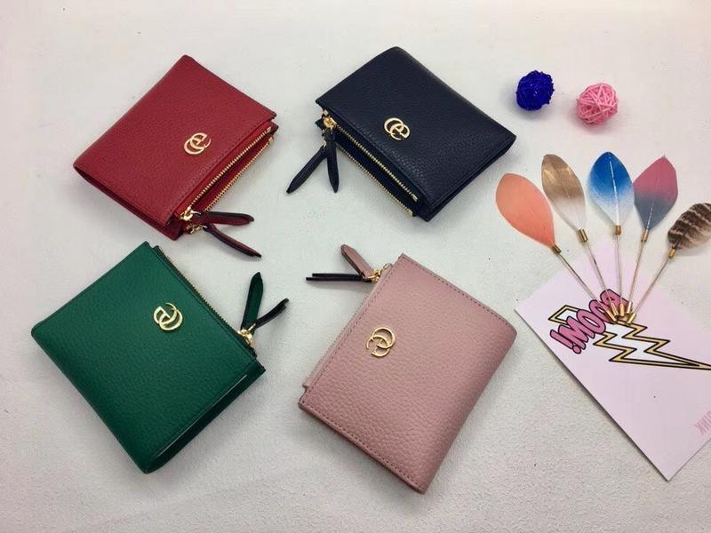 Top Quality 2019 Celebrity Design Letter Metal Buckle Zipper Wallet Card Back Cowhide Leather 474747 Short Purse Clutch
