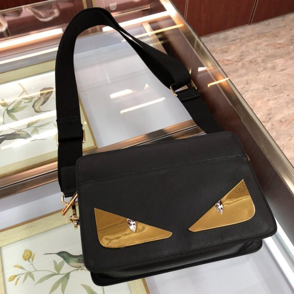 fce0f46604 The Latest Explosion Of Men S Diagonal Cross Bag Original Imported Top  Layer Leather