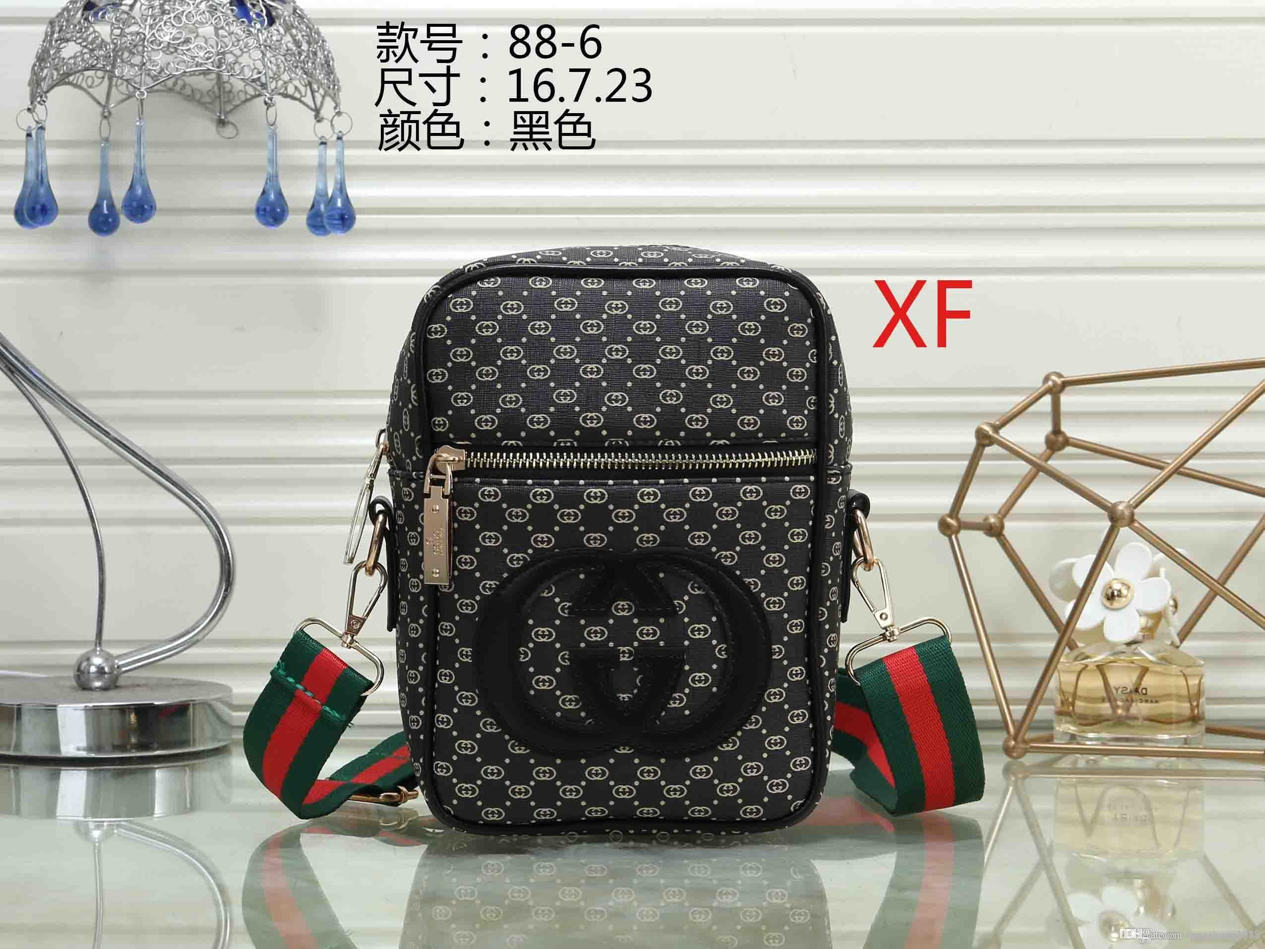 2018 new fashion men women travel bag duffle bag, brand designer luggage handbags large capacity sport bag _AAAAA36