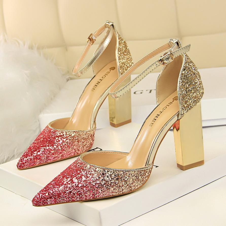 fd222cfc3 Compre Design De Luxo Bling Bombas Mulheres Sapatos De Salto Alto ...