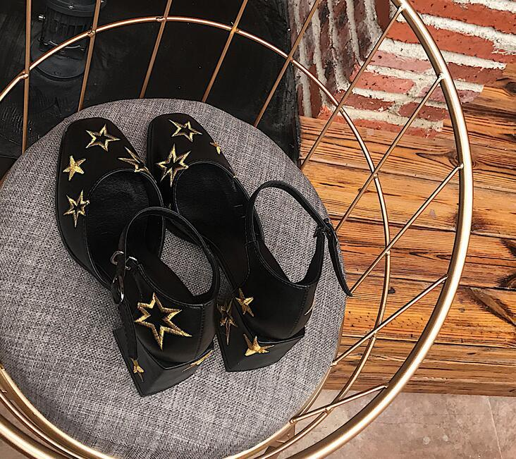 (With box)Hot Sale Women Square Toes Dress Shoes Stars Embroidery Genuine Leather Stage Show chunky heel Shoes Women party Designer shoes