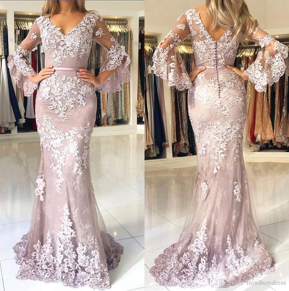 Sexy V Neck Lace Mermaid Long Prom Dresses 2019 Long Sleeves Tulle Applique Sweep Train Formal Party Evening Gowns With Buttons