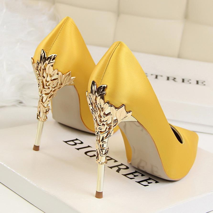 ad55815c0c5 Dress Metal Carved Thin Heel High Heels Pumps Women Shoes 2019 Sexy Pointed  Toe Ladies Shoes Fashion Candy Colors Wedding Shoes Woman Blue Shoes Shoe  Boots ...