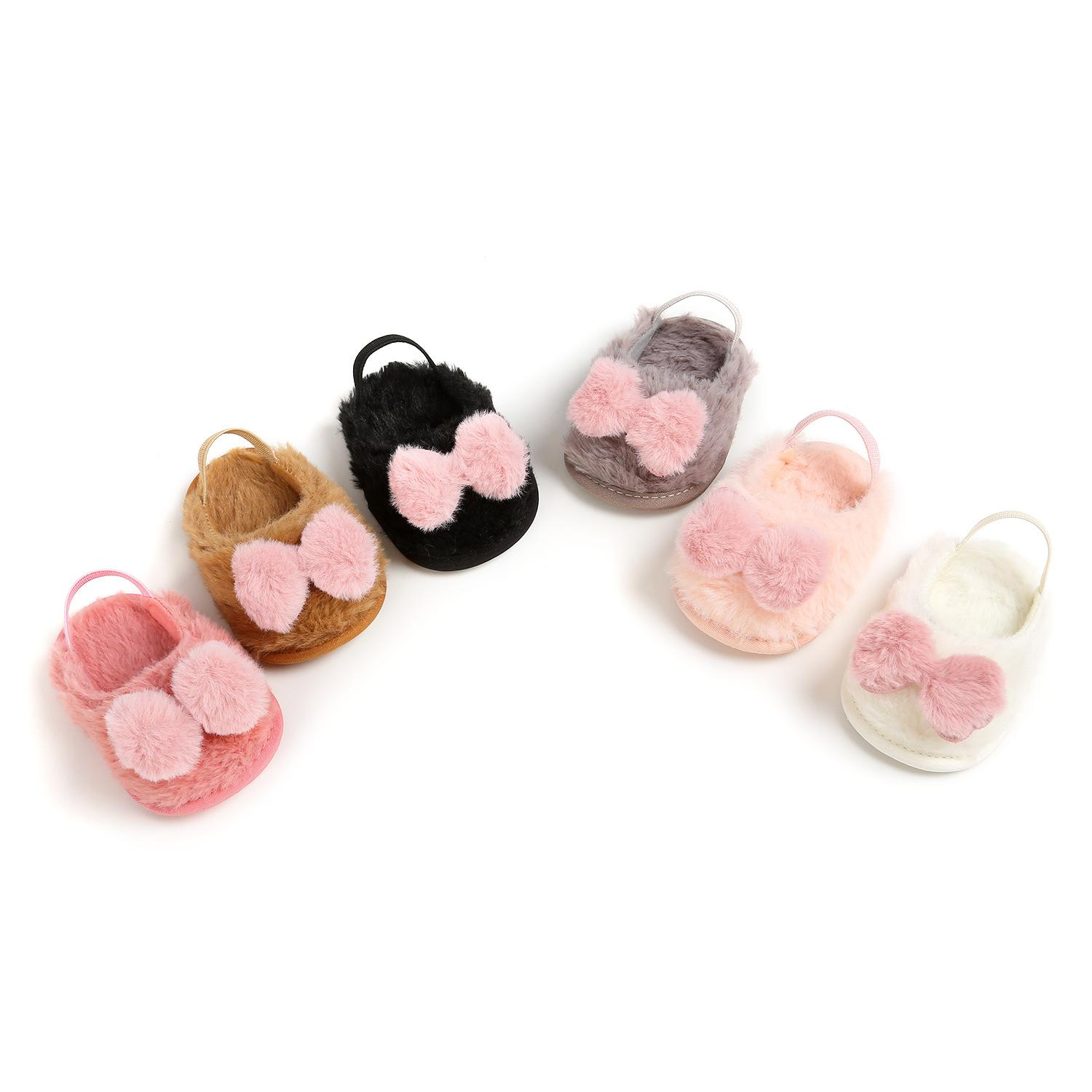 2019 Baby Girls Sandals Baby Moccasins First Walkers Infant Sandals Soft Sole Non-slip Fashion Plush Newborn Baby Shoes.DX215C