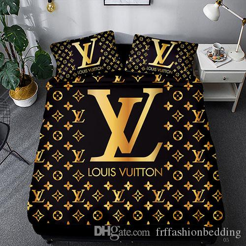 Brand Alphabet Printed Bedding Set Family Bedroom Bed Linen Pillow Cover Queen Bedding SetComforter Bedding Sets