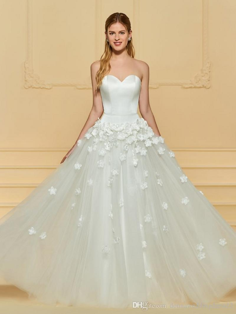 829574f1c Casamento Vestidos De Noiva Customed Querida 3D Floral Vestidos De Noiva De  Tule 2019 A Linha Longos Vestidos De Noiva Vestido De Noiva Curto Robe De  ...