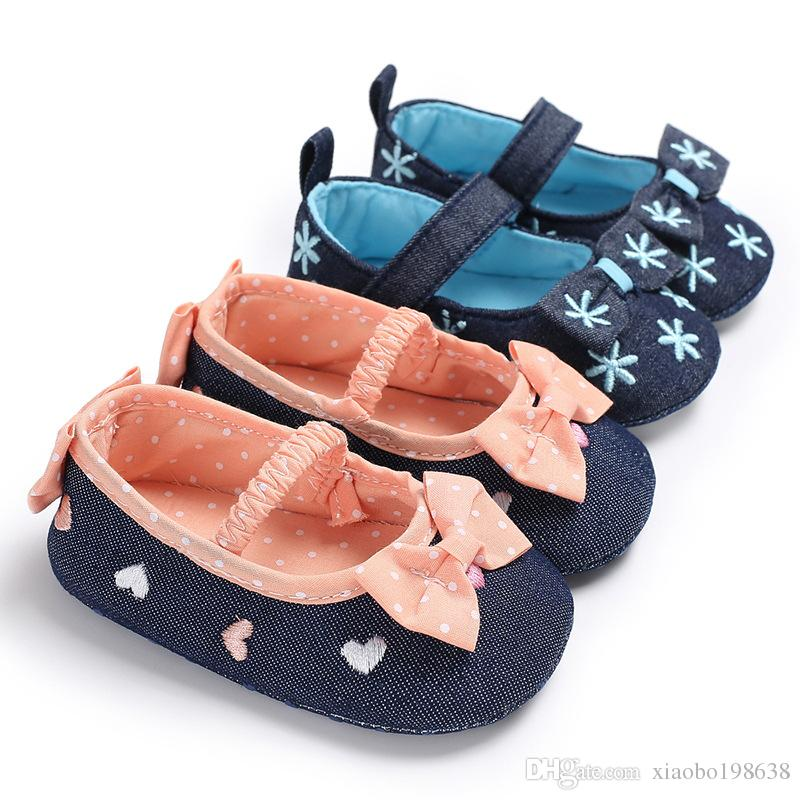 Spring and Autumn 0-1 girl baby princess butterfly knot snowflake shoes soft bottom non-slip baby toddler shoes