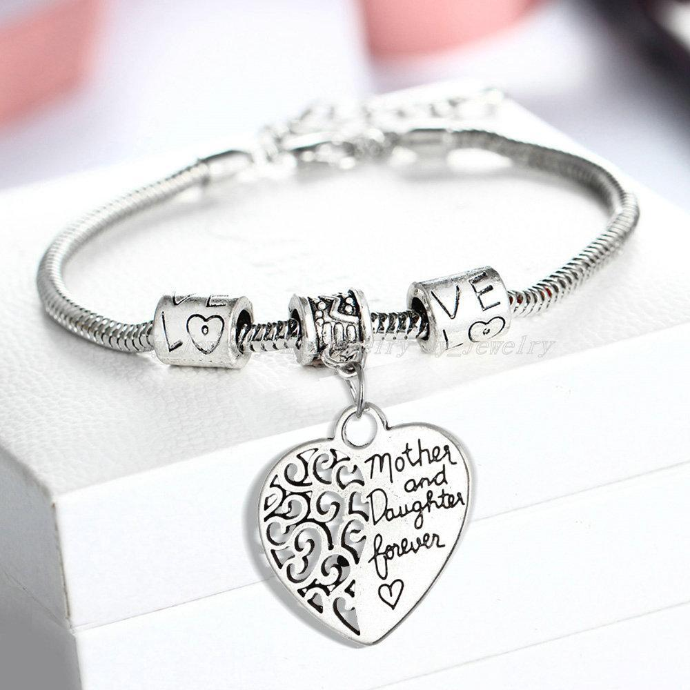 Wholesale- 2016 Heart Bracelet Silver Plated Love Between Mother And Daughter Family Gifts Mother's Day Jewelry Bangle Bracelets Charm