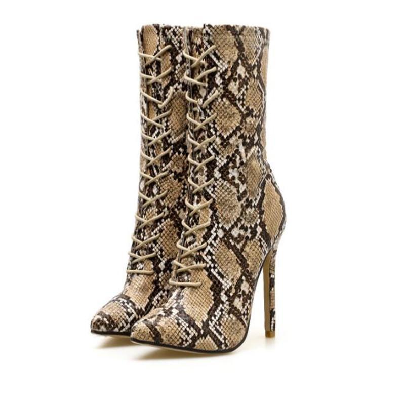 941932eaa4f6 snake-print-stiefeletten-stiletto-heels-fr.jpg