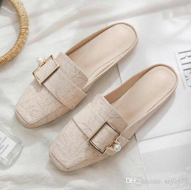 6b7fd67d65a Compre Diseñador Mujer Zapatillas Mules De Verano Mocasines Zapatillas  Dedos Cuadrados Hebilla De Metal Al Aire Libre Zapatillas Planas Para Mujer  Sandalias ...