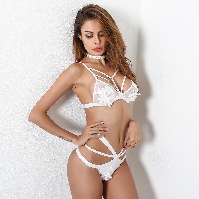 GZQS Para Mujer Sissy Sexy Lace Lingerie set sujetador de copa abierta Tanga exótica conjunto Ropa interior micro bikini extrema Floral ropa exótica