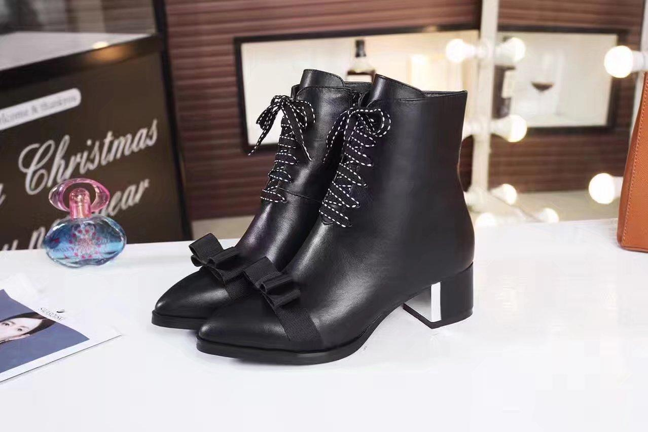 Hot Sale-Fall-Winter-Kampf-Booties für Frauen Chunky Heels Echtes Leder Frauen Ankle Booties