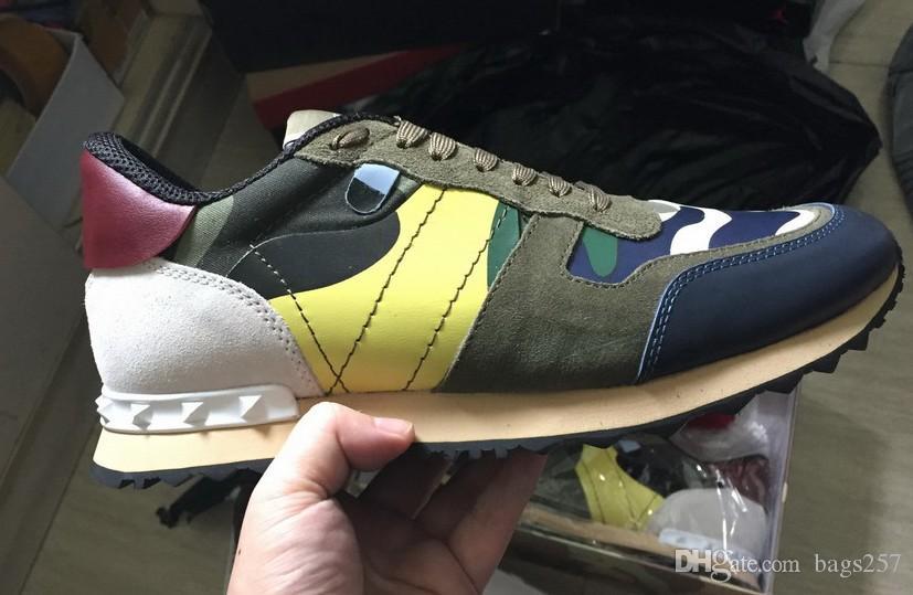 Couro genuíno Top Fashion camuflagem casais Shoes Mens sapatos de couro ocasional de Spike Rivet baratos Sapatilhas Casual para a mulher