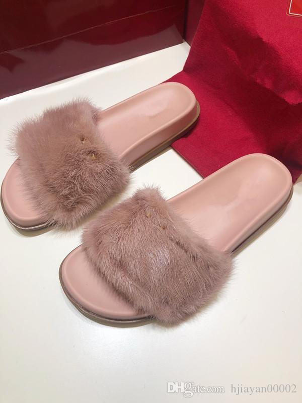 best service 849b1 471f7 2019 Leadcat Fenty Rihanna mink fur slippers women s girls sandals fashion  wear black red pink slippers high quality belt box wl190528