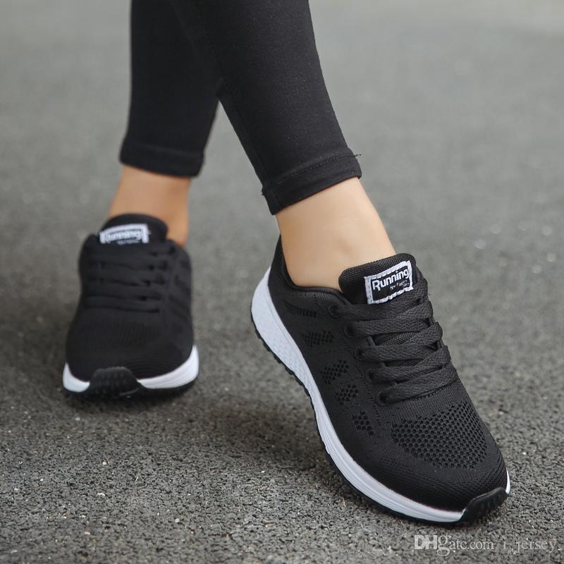 937ee44a Compre Weweya 2019 Venta Caliente Zapatos Mujer Zapatos De Malla De Aire  Para Correr Al Aire Libre Zapatillas De Deporte De Verano Unisex Caminar  Zapatillas ...