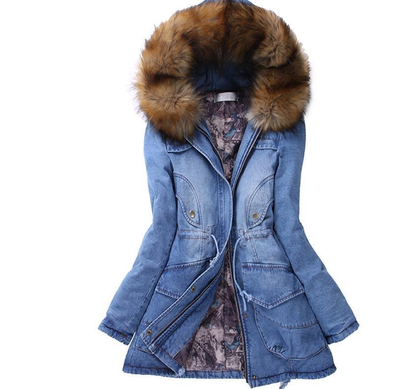 54a16e5a79f3e Acquista New Winter Coat Women Giacche Di Jeans Big Faux Fur Con Cappuccio  Spesso Outwear Caldo Casual Lungo Cotone Imbottito Jeans Donna Parka Denim  A ...