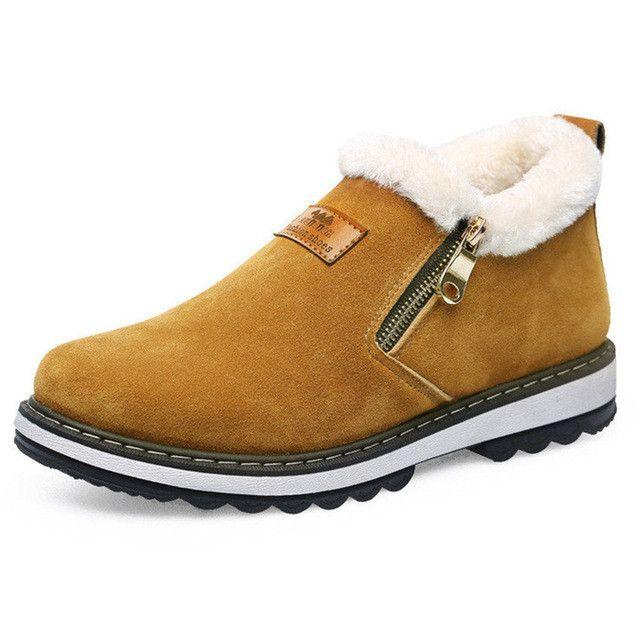 1790abf0f Compre Homens De Inverno Botas De Neve Da Marca Sapatos De Grife Dos Homens  Quentes De Pelúcia Curto Moda Casual Sapatos Botas Ankle Boots Homens Ano  Novo ...