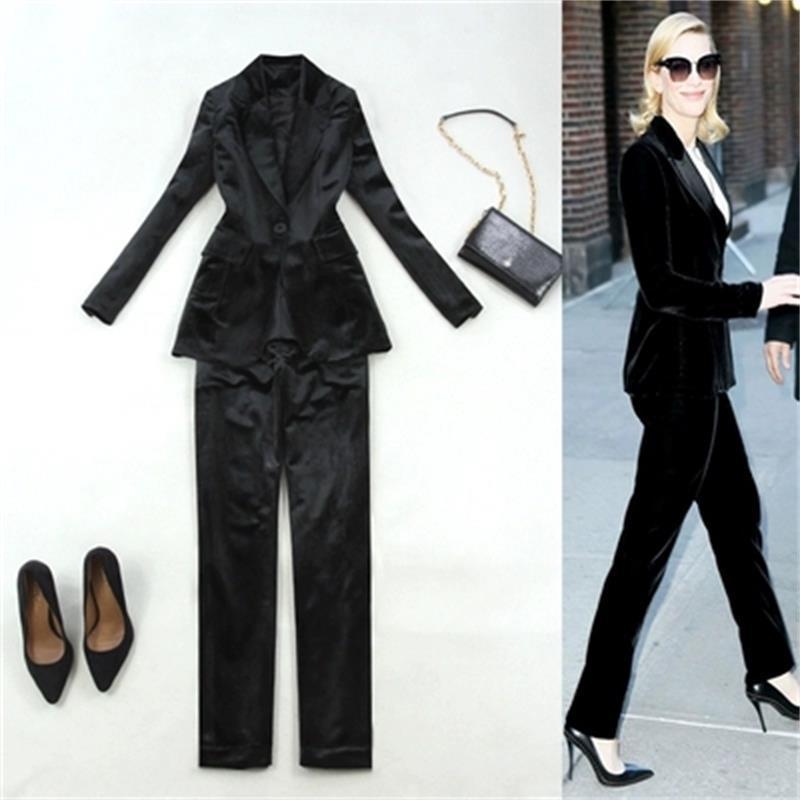 online store 099bc 7fe00 Vestito di velluto di moda femminile primavera / inverno Nuovo vestito di  velluto nero di grandi dimensioni + piccoli pantaloni diritti Tempo libero  a ...