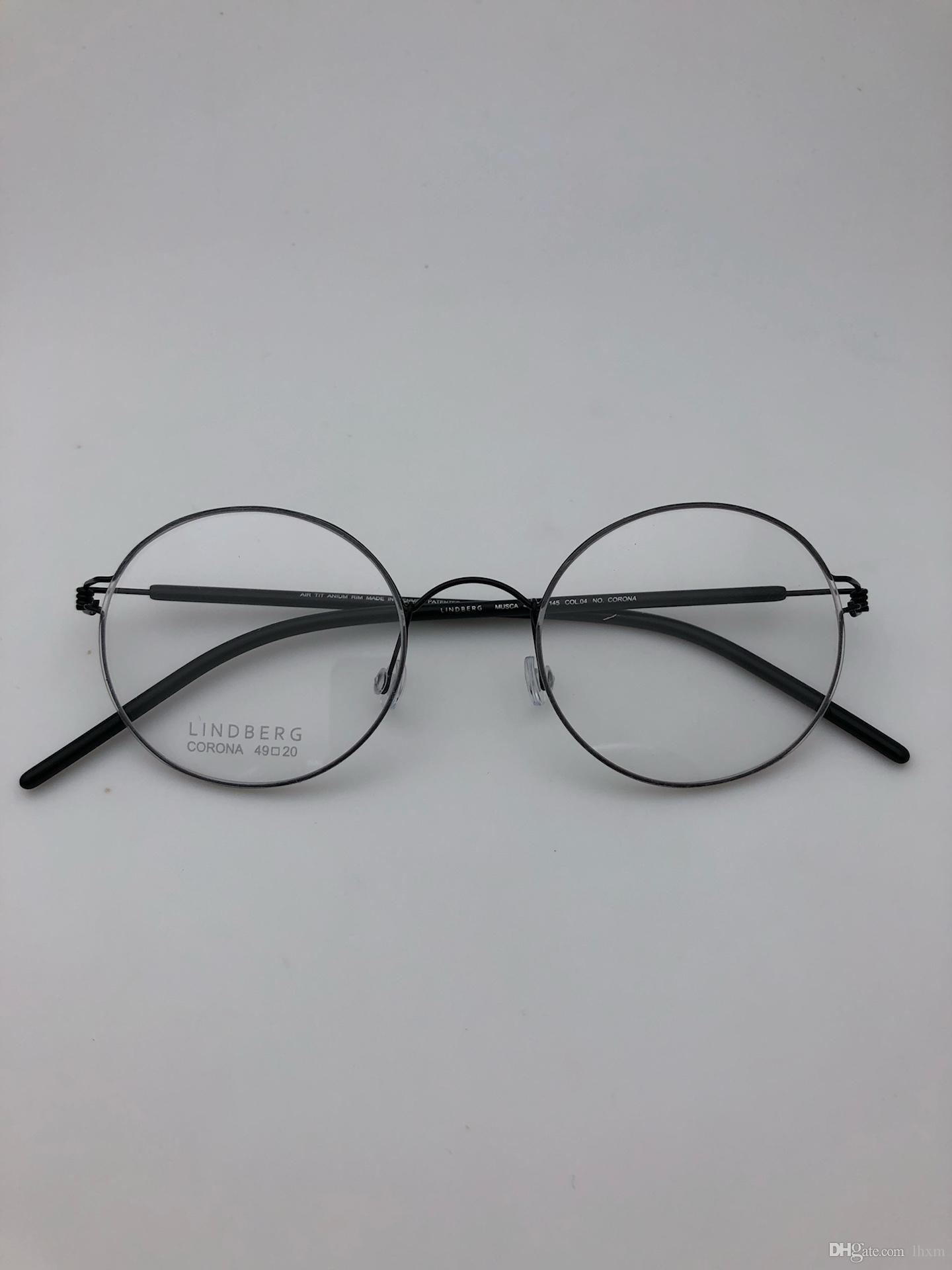 Compre Design Da Marca 2018 Nova Moda Óculos De Armação Quadrada Quadro  CORONA Masculino E Feminino Mesmo Modelo 49 20 145 De Willielin,  97.47    Pt.Dhgate. 41c1b0ff62