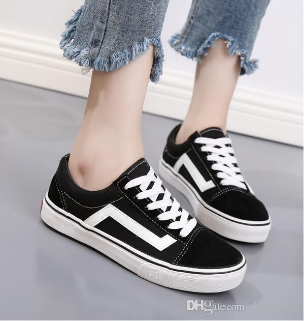 e6c3580082 2019 Classic Black White Men Women Casual Flat Shoes Canvas Shoes Unisex  Zapatillas Walking Shoes 35 45 Ladies Shoes Loafers For Men From Dennyno8