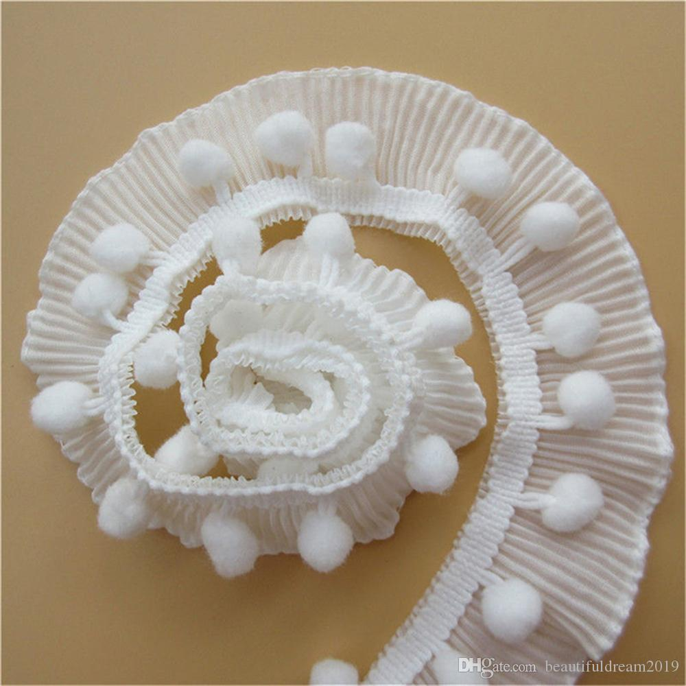cf0b74b0ddd1 Compre 1 Yarda 4 Cm Blanco Elástico Plisado Pom Pom Bolas Gasa Encaje Borde  Cinta Bordado Apliques Costura Craft Vestido De Novia Ropa A $0.5 Del ...