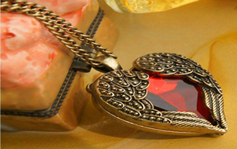 Angel Wing Pendant Necklaces Main Stone Red Crystal Heart Long Necklace Sweater Chain Necklace Women's Jewelry Accessories X306
