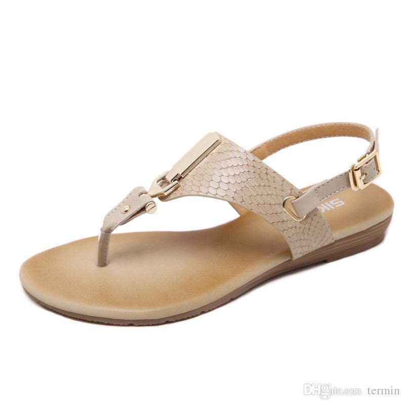 a8b84b7c678 Compre Pop 2019 Mujer Sandalias Con Hebilla De Metal Folder Toe Femmes  Sandals Bohemia Sandalias Planas Zapatos Zapatos De Mujer Elegante A  43.88  Del ...