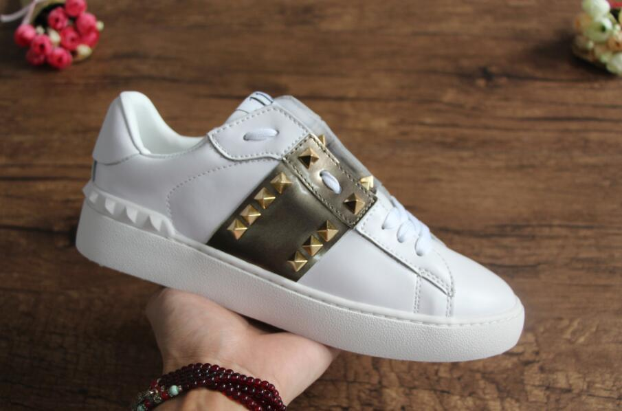 782221df329 Luxury Designer Shoes Bee Snake Flower White Sneaker New Designer Original  Box Mixed Colors Woman Casual Shoe Outdoors Show Size 35 46 Pumps Shoes  Munro ...