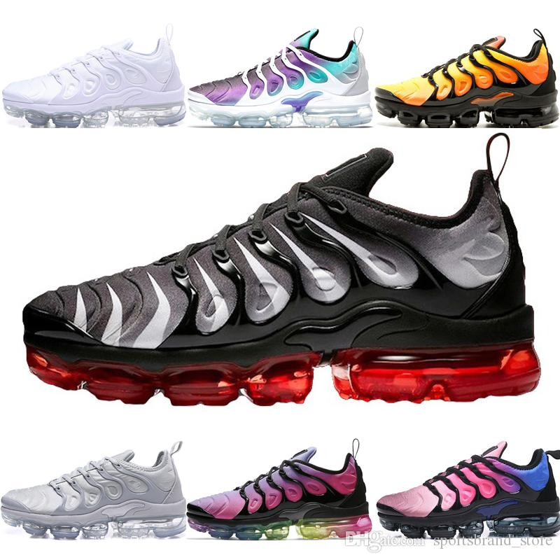 the best attitude 8cc53 99b64 Großhandel Nike Air Vapormax Plus Shoes Designer Plus Laufschuhe Für Herren  Damen Triple Black Hyper Violet Grape Schwarz Weiß Cool Grey Red Shark Toot  ...