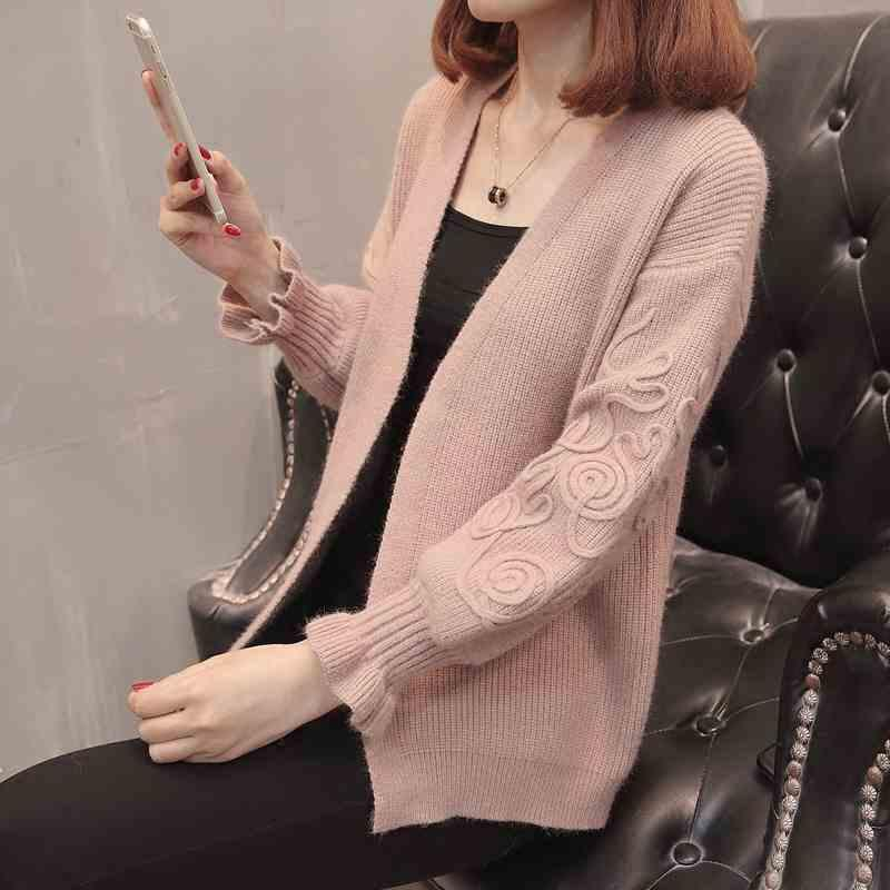 2019 Spring Autumn Korean Sweater Women Loose Coats Knitted Cardigan Jackets  Flower Long Sleeve Jumper Female Cardigans Solid Sweater From Deborahao 992a7d4db