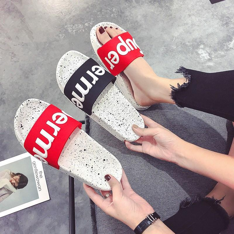 2018 Summer Shoes Chic Letters Slippers Women Korean Red Black color Flat Slides Outdoor Indoor Bathroom Home Slippers