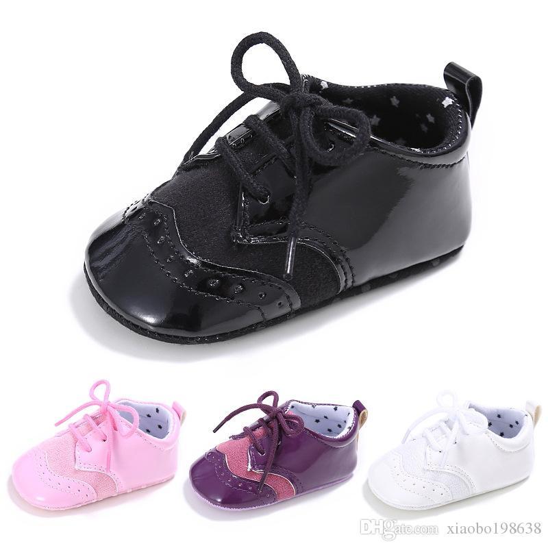 bbfab3995f7 Compre Niños Y Niñas Bebé 0 1 Zapatos Inferiores Suaves Antideslizantes  Ocasionales PU + Algodón Costura Bebé Zapatos Para Niños Pequeños A $4.62  Del ...