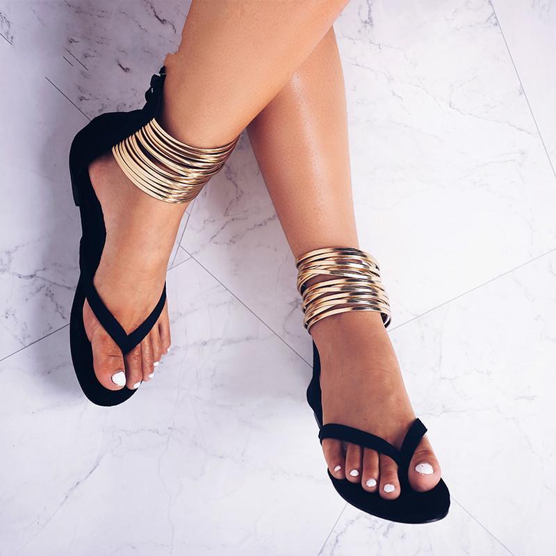 f15993bc841f7 Compre 2019 Sandalias Planas De Verano Gladiador Chanclas Banda Estrecha Mujeres  Sandalias 2018 Nuevo Verano Zapatos De Mujer 014A2039 49 A  36.99 Del ...