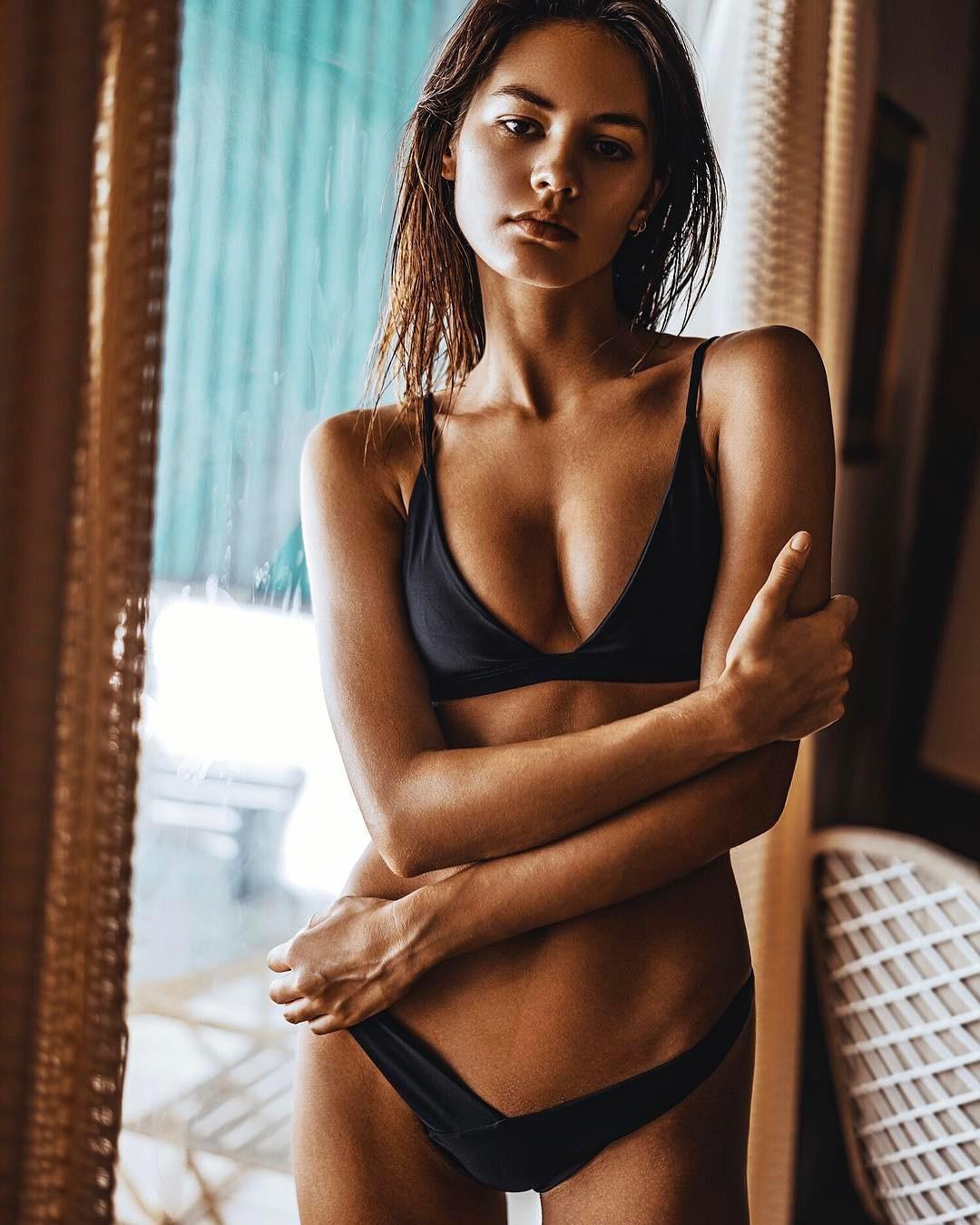 Sexy Frauen-Bikini-Satz 2018 Sommer-Fest-Verband-Bikini-Satz Push-up Padded Zwei Stücke brasilianische Badeanzug-Badebekleidung