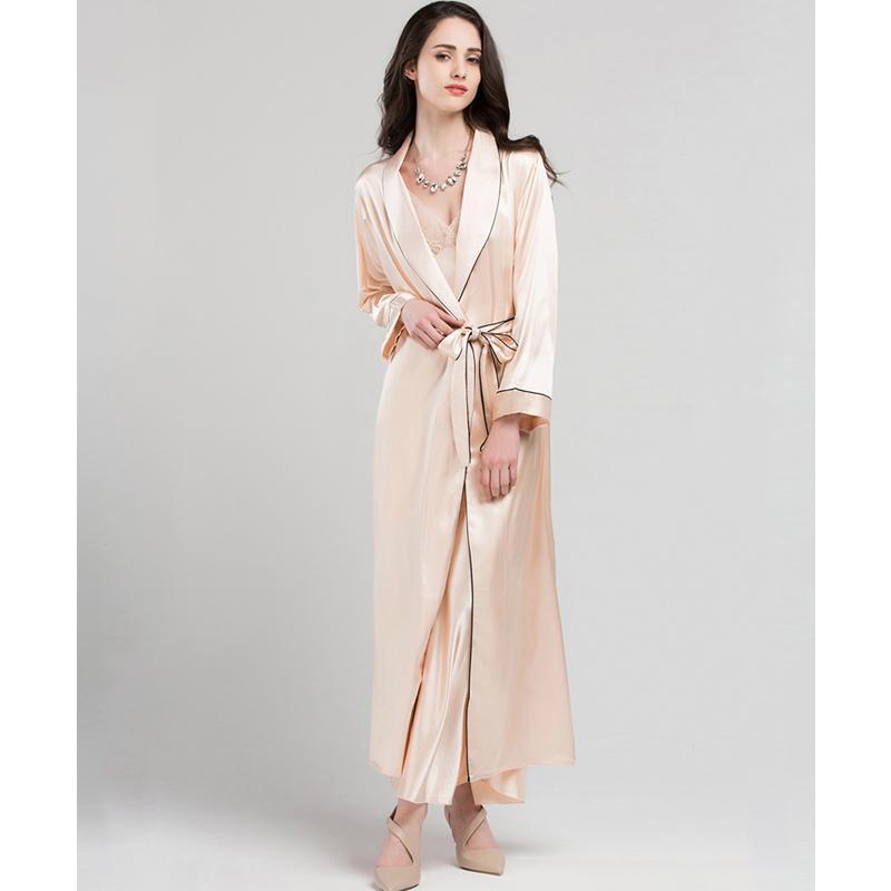 14ac58ab813227 Cetim de Seda Vestes de Dormir Feminino Verão Sexy Noiva Vestir o Vestido  de Moda Simples Faux Seda Sleepwear Mulheres Longo Roupão de Banho T0801