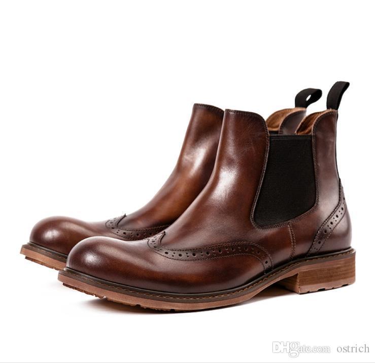 0e72873ae1 Compre Novo Tamanho Grande Esculpido Genuínos Sapatos De Couro Dos Homens  Se Vestem