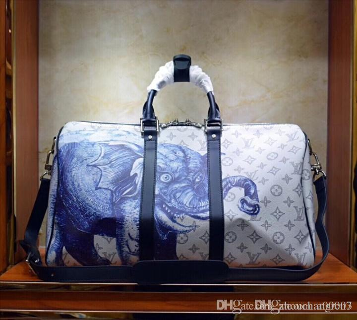 2019 Top Quality Mens Luxury Designer Travel Luggage Bag Men Totes Keepall  Leather Handbag Duffle Bag 2019 Brand Fashion Luxury Designer Bags QD2 From  ... 2bee71432f465